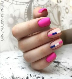 Nail art is a very popular trend these days and every woman you meet seems to have beautiful nails. It used to be that women would just go get a manicure or pedicure to get their nails trimmed and shaped with just a few coats of plain nail polish. Matte Nails, Gel Nails, Acrylic Nails, Nails News, Coffin Acrylics, Geometric Nail Art, White Nail Art, Minimalist Nails, Latest Nail Art