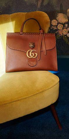 Gucci Women - GG Marmont leather shoulder bag - 409154CWJ0T2535