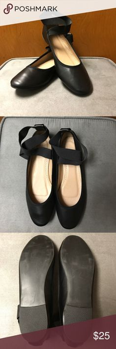 Black Elastic Cross Strap Ballet Flats Black ballet flats with elastic cross straps over the ankles. Size 8 Women's. Never worn except for trying them on the day I got them. New Without Tags Urban Outfitters Shoes Flats & Loafers