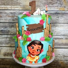 "142 Likes, 2 Comments - Rebecca Knapp (@rebeccas_cakes) on Instagram: ""Baby Moana cake #moanacake #babymoanacake #moana #babymoana #hawaiian #hawaiiancake #kidscake…"""