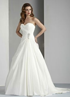DaVinci  Bridal... I am so friggin in love with this gown...