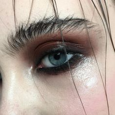 Delineated, smoky, colors, shapes and techniques to make up your eyes every time We propose ten eye makeup looks for different tastes and. Makeup Inspo, Makeup Art, Hair Makeup, Makeup Eyebrows, Makeup Hairstyle, Eyebrow Makeup, Hairstyle Ideas, Make Up Looks, Beauty Make-up