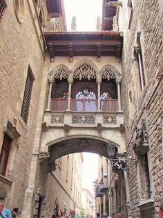 lady in black: One day in Barcelona  #barcelona #spain #cataluna #catalansko #spanielsko #visitspain #visitacataluna #costabrava #traveltips #traveleurope #travel #travelblogging #visiteurope #placestogo #oldtown #placestogo #placestosee #centrogotico #gotico #espana #espanaturismo #turismo #europa #holiday #holidaydestination #vacation