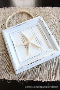 Bathroom Art Created with Thrift Store Frames Check out confessions of a serial… Picture Frame Crafts, Old Picture Frames, Old Frames, Decorating With Picture Frames, Seashell Crafts, Beach Crafts, Upcycled Crafts, Diy Crafts, Thrift Store Crafts