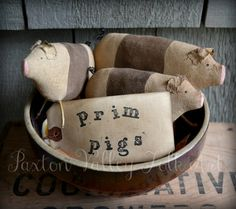 Primitive Pig Bowl Fillers $5.00