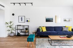 Blue sofa modern Living Room designed by: Meital irany & sivan goldfeld photo by: shiran carmel Modern Sofa, Modern Living, Entryway Bench, Living Room Designs, House Styles, Furniture, Home Decor, Modern Couch, Entry Bench