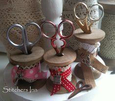 Vintage Wooden bobbins (5cm)