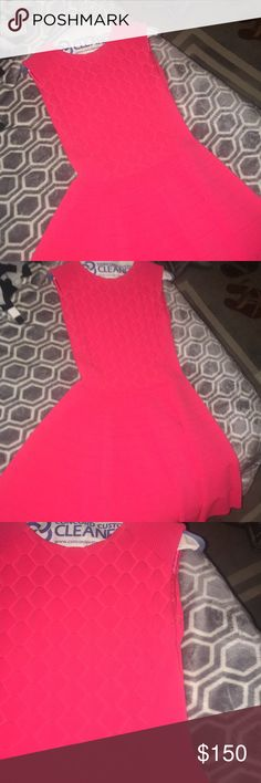 Ted Baker Dress Women's size 3 Ted Baker Dress. Amazing color and extremely flattering!! Worn Once and in excellent condition Dresses