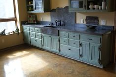 Back splash and sink = COOL Stained Concrete Countertops Design Ideas, Pictures, Remodel, and Decor - page 7 Eclectic Kitchen, New Kitchen, Kitchen Ideas, Kitchen Reno, Kitchen Cupboards, Kitchen Remodeling, Remodeling Ideas, Laminate Countertops, Kitchen Countertops