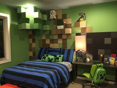 This Minecraft-obsessed teen has the room of his dreams, thanks to the creativity of Masterpiece's Designers!