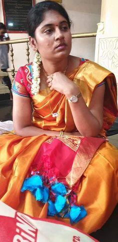 Beautiful Girl Indian, Beautiful Saree, Beautiful Body, Beautiful Women, Women Friendship, Girl Number For Friendship, Beauty Full Girl, Beauty Women, Actress Without Makeup
