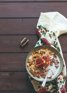 Gingerbread Quinoa Porridge with Toasted Coconut Flakes