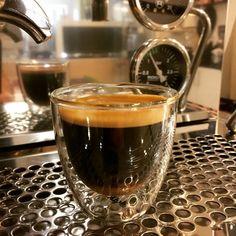 "151 Likes, 3 Comments - Espresso Perfetto ☕ (@espressoperfettotr) on Instagram: ""Espresso zamanı ☕️ #espresso #espressomachine #rocketpeople #rocketespresso #coffee #coffeegeek…"""