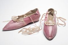 12 Ancient Shoes So Weird They Make Crocs Look Normal+#refinery29