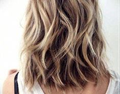 choppy bob hairstyles 5 Long Choppy Bob Hairstyles for Brunettes and Blondes Stacked Bob Hairstyles, Choppy Bob Hairstyles, Bob Hairstyles For Fine Hair, Long Bob Haircuts, Lob Hairstyle, Long Choppy Bobs, Medium Hair Styles, Short Hair Styles, Hair Medium