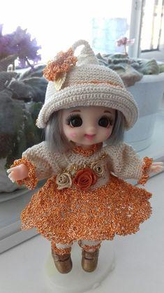 Tiny Dolls, Cute Dolls, Crochet Hats, Disney Princess, Disney Characters, Manualidades, Knitting Hats, Disney Princesses, Disney Princes
