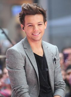 Day 22: Who would i emulate? Again Louis. He is a good guy and a great singer.
