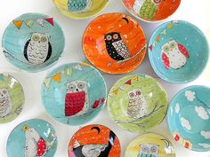 Ohhhh so darn cute. LOVE the orange one in the middle. On new indv. pasta bowl+ contact paper + retro/marbling... try!
