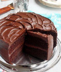 Scientifically Sweet : The BEST Chocolate Cake (moist fudgy! Baking Recipes, Cake Recipes, Dessert Recipes, Food Cakes, Cupcake Cakes, Best Moist Chocolate Cake, Chocolate Frosting, Chocolate On Chocolate Cake, Moist Chocolate Fudge Cake Recipe
