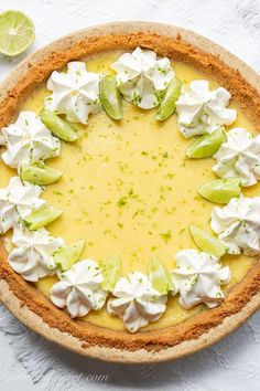 Key Lime Pie Key Lime Pie with Whipped Cream, Lime Zest and sliced key limes Key Lime Filling, Tart Filling, Lime Recipes, Sweet Recipes, Delicious Recipes, Yummy Food, Pie Dessert, Dessert Recipes, Recipes Dinner