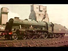 46148 The Manchester Regiment. Steam Trains Uk, Choo Choo Train, Steam Railway, Bonde, Train Engines, Uk Europe, Rolling Stock, Steamers, Train Car