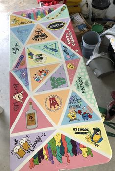 Custom Beer Pong Tables, Beer Table, Diy Table, Trippy Painting, Diy Painting, Cooler Painting, Fun Crafts, Diy And Crafts, Summer Party Games