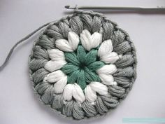 """*Would make a cool coaster Free Pattern & Photo Tutorial for the """"Triple Puff"""" Crochet Granny Square Crochet Blocks, Granny Square Crochet Pattern, Crochet Squares, Crochet Granny, Crochet Motif, Crochet Patterns, Crochet Stitches, Granny Squares, Puff Stitch Crochet"""
