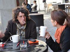 Kaffee, Zigarette und ein gutes Gespräch: Mit Martin Zeuschner bei Starbucks. – Foto © Kai Willi Schröder