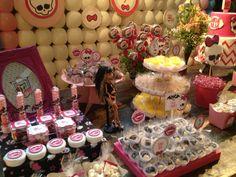 #monsterhigh #tag #papelaria #lollipop #doces #guloseimas #pirulito #cake
