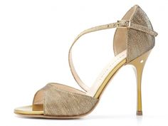 Sandalo CHARLOTTE in tessuto lamé ottone. Tango shoes collection Evergreen.