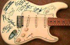 @NileRodgers #GuitarPorn :: Rainforest Backup Guitar Signed by all the Headliners