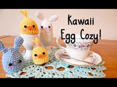 ¦ The Corner of Craft. Todays video is a collab with Craft Girl (aka Monica)! Learn to make these adorable egg cozies which are perfect for both creme eggs and actual eggs alike! Check out Craft Girls channel: . Crochet Egg Cozy, Crochet Home, Crochet Yarn, Kawaii Crochet, Crafts For Girls, Crochet Videos, Craft Work, Bead Weaving, Easter Crafts