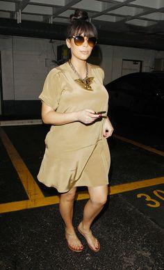 Kim Kardashian's Baby Bump: Now Fashionably Dressed