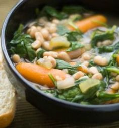 Northern Bean & Spinach Soup (Slow Cooker): This hearty soup is perfect for when there is a chill in the air and you want dinner ready when you walk in the door! | via @SparkPeople #food #recipe #Crockpot #winter #healthy