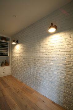Interior Lighting, Modern Interior, Brick, Wall Lights, Wallpaper, Balcony, House, Home Decor, Home Ideas