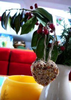 Making birdseed ornaments, edible critter garlands.