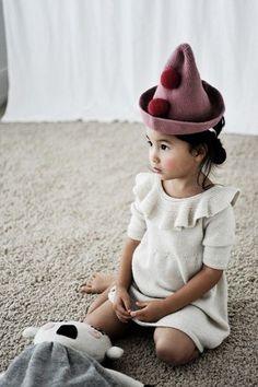 Kids Photography / Little Style / Kids Style / Kids Fashion / Kids Wear / Dress Cool Baby, Baby Kind, Little Girl Fashion, My Little Girl, Kids Fashion, Bebe Love, Clown Hat, Little Fashionista, Fashion Moda