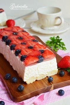 Gabriella kalandjai a konyhában :): Gyümölcsös-túrós alagút - sütés nélkül Food To Make, Cheesecake, Food Porn, Food And Drink, Low Carb, Sweets, Snacks, Baking, Cakes