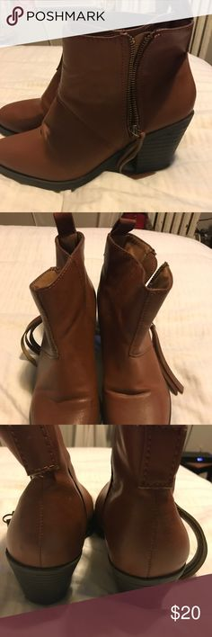 Brown booties never worn! Size 6 brown booties - never worn Forever 21 Shoes Ankle Boots & Booties