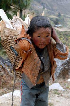 Poor Children, Precious Children, Save The Children, Beautiful Children, Beautiful People, Kids Around The World, We Are The World, People Around The World, Around The Worlds