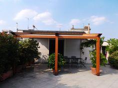 Pergola Elettra su terrazzo a Torino