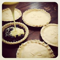 Blueberries and Cream Pie! Easy and Yummy!
