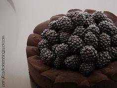 jeżyna / ciemna czekolada / parmezan (blackberry / dark chocolate / parmesan)