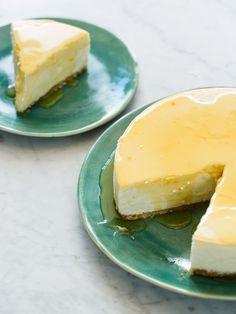 A recipe for Goat Cheese and Yogurt Cheesecake