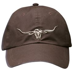 The R.M. Williams Longhorn Logo cap features the iconic steers head emblem on the front and the famous R.M. Williams monogram on the back. Dad will love it!