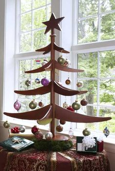 Alternative Christmas Tree Design Ideas, Carved Wood Trees for Green Holiday Decoration