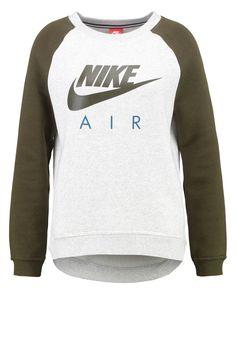 https://www.zalando.no/nike-sportswear-genser-birch-dark-loden-ni121j04v-b11.html
