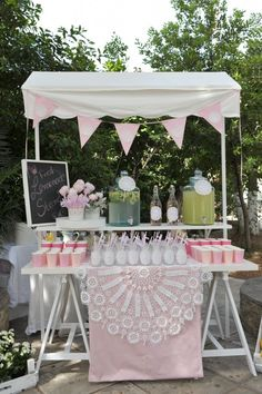 The pretty lemonade stand