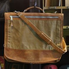 Elkton Garment Bag - Waxed Canvas and Leather