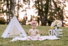Outdoor Cake Smash Photo Session Outdoor baby and child photography, birthday cake smash ideas, outdoor cake smash for baby girl, to Baby Cake Smash, Baby Girl Cakes, Birthday Cake Smash, Birthday Girl Pictures, First Birthday Photos, Half Birthday, Toddler Pictures, Baby Pictures, Baby Photos